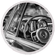 Mercedes-benz 250 Se Steering Wheel Emblem Round Beach Towel