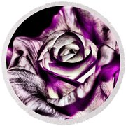 Mesmerizing Rose Round Beach Towel