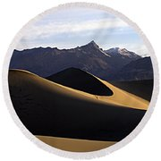 Round Beach Towel featuring the photograph Mesquite Dunes At Dawn by Joe Schofield