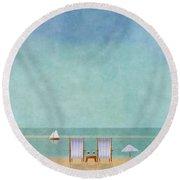 Mgl - Bathers 02 Round Beach Towel