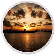 Miami Skyline Sunset Round Beach Towel