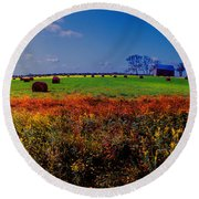Michigan Uper  Farm Barn And Rolls Of Hay Brimly Michigan Round Beach Towel