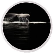 Midnight Humpback Round Beach Towel