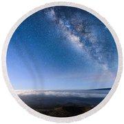 Milky Way Suspended Above Mauna Loa 2 Round Beach Towel