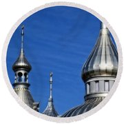 Minarets Of Tampa - Photography By Sharon Cummings Round Beach Towel