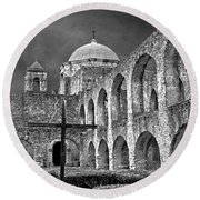 Mission San Jose Arches Bw Round Beach Towel