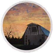 Missouri Barn Round Beach Towel