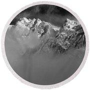 Misty Mountains In Mono Round Beach Towel