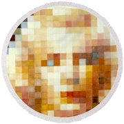 Marylin Round Beach Towel
