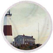 Round Beach Towel featuring the photograph Montauk Dusk by Keith Armstrong