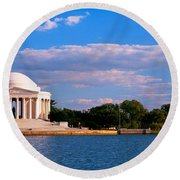 Monument On The Waterfront, Jefferson Round Beach Towel