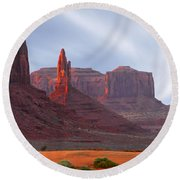 Monument Valley At Sunset Panoramic Round Beach Towel