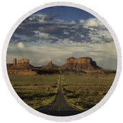 Monument Valley Panorama Round Beach Towel