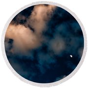 Moon Over Maui   Round Beach Towel