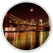 Moon Over The Brooklyn Bridge Round Beach Towel