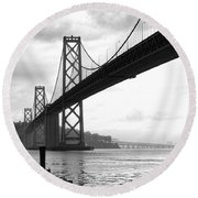 Morning In San Francisco Bw Round Beach Towel