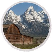 Moulton Barn - Grand Tetons I Round Beach Towel