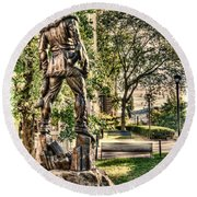 Mountaineer Statue At Lair Round Beach Towel