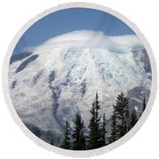 Mt. Rainier In August 2 Round Beach Towel