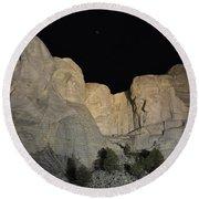 Mt. Rushmore At Night Round Beach Towel