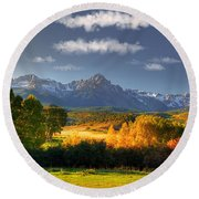 Mt Sneffels And The Dallas Divide Round Beach Towel