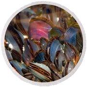 Mussels Underwater Round Beach Towel