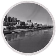 Nashville Skyline In Black And White At Day Round Beach Towel by Dan Sproul