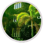 Natural Ivy House Round Beach Towel