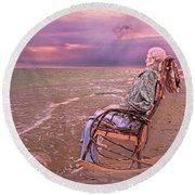 Never Let Fear Decide Your Fate Round Beach Towel