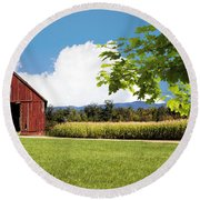 New Hampshire Barnyard Round Beach Towel