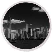 New York 1 Black And White Round Beach Towel