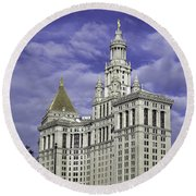 New York Municipal Building Round Beach Towel