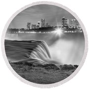 Niagara Falls Black And White Starbursts Round Beach Towel