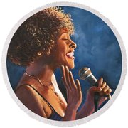 Nightclub Singer Round Beach Towel