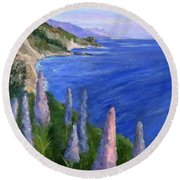 Northern California Cliffs Round Beach Towel