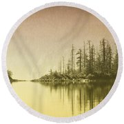 Northwest Islet Round Beach Towel
