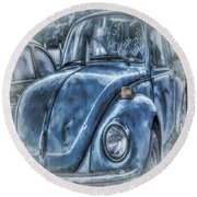 Old Blue Bug Round Beach Towel