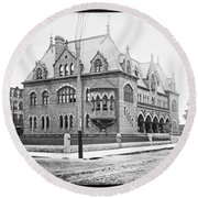Old Customs House And Post Office Evansville Indiana 1915 Round Beach Towel