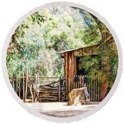 Old Farm Building Round Beach Towel