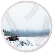 Old Manure Spreader Round Beach Towel