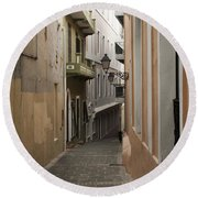 Old San Juan Street Round Beach Towel