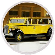 Old Time Yellowstone Bus Round Beach Towel