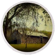 Old Tobacco Barn Round Beach Towel