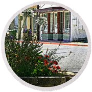 Old Town Flowers Round Beach Towel