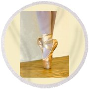 Ballet Toes On Point Round Beach Towel