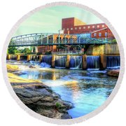 On The Reedy River In Greenville Round Beach Towel