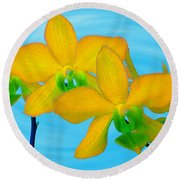 Orchid In Yellow Round Beach Towel