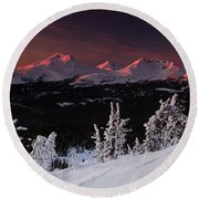 Oregon Cascades Winter Sunset Round Beach Towel