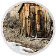 Outhouse With Electricity Round Beach Towel