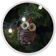 Round Beach Towel featuring the photograph Owly Christmas by Patricia Babbitt